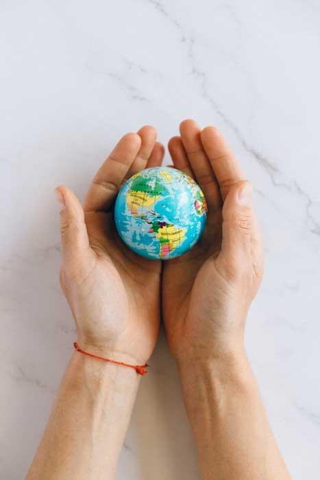 모두의 좋은 삶은, 다른 말로 지구 생태계의 정의와 평화이다. by Nataliya Vaitkevich 출처 : https://www.pexels.com/ko-kr/photo/7235805/