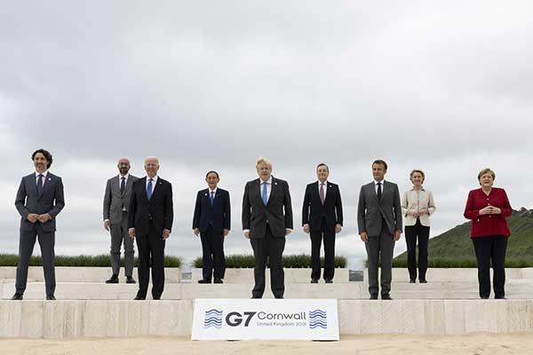 '2050 탄소중립'이 우리나라뿐만 아니라 전 세계적인 정책의제가 되고 있음은 얼마 전 영국에서 개최된 G7+α 회의에서도 알 수 있었다. by Number 10 출처: https://www.flickr.com/photos/number10gov/51240840694