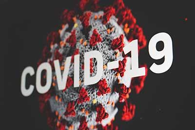 전세계로 급격히 확산된 코로나19에 대해 2020년 3월11일, 세계보건기구(WHO)는 팬데믹을 선언했다. 그로부터 약 1년 6개월여 지났다. by Martin Sanchez 출처: https://unsplash.com/photos/Tzoe6VCvQYg